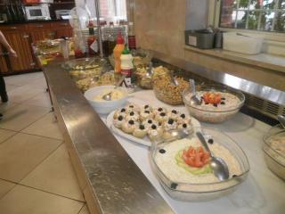 buffet de tous les jours du lundi au vendredi midi